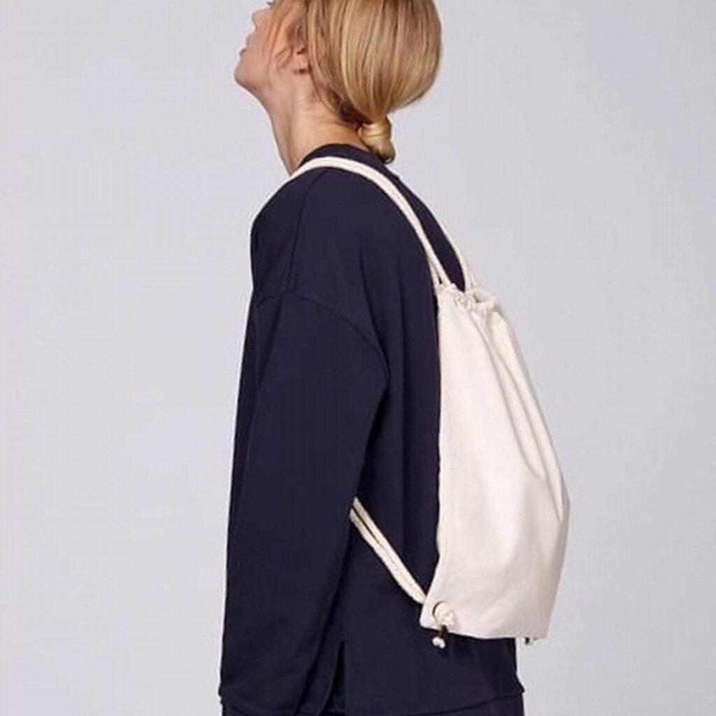 string-backpack