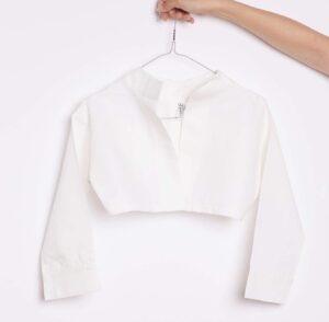 hanging-white-shirt-from-hand