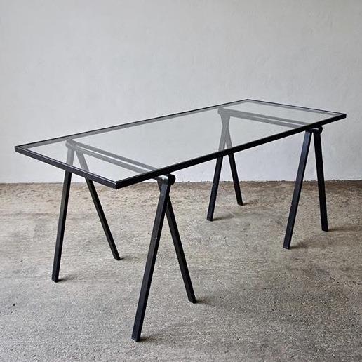 glass-metal-table