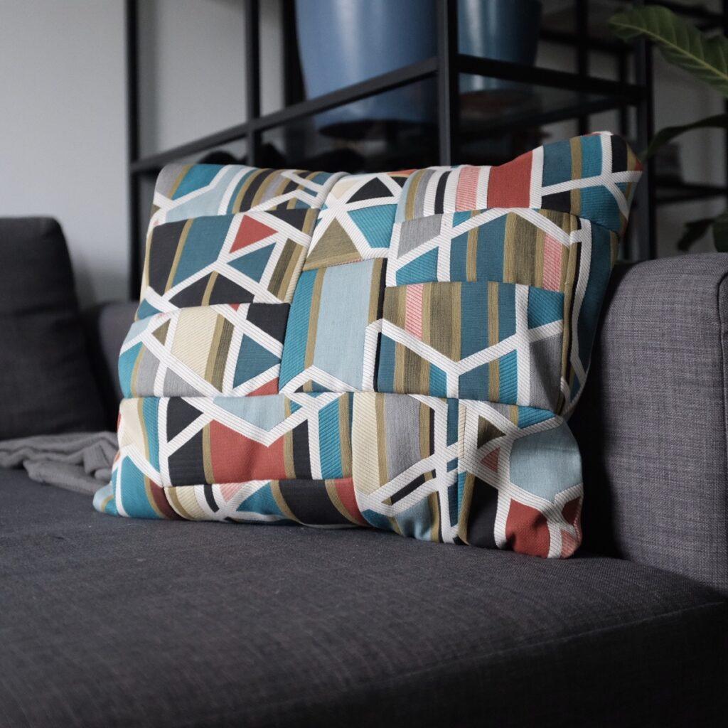 cushion-print-fabric-couch