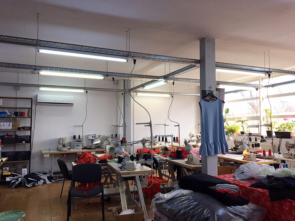 factory-with-sewing-machines